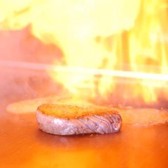 鉄板 ステーキ